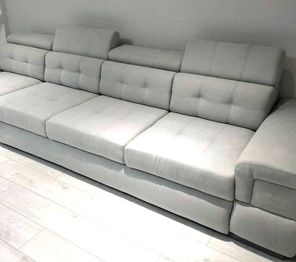 Серый диван, изготовленный под заказ